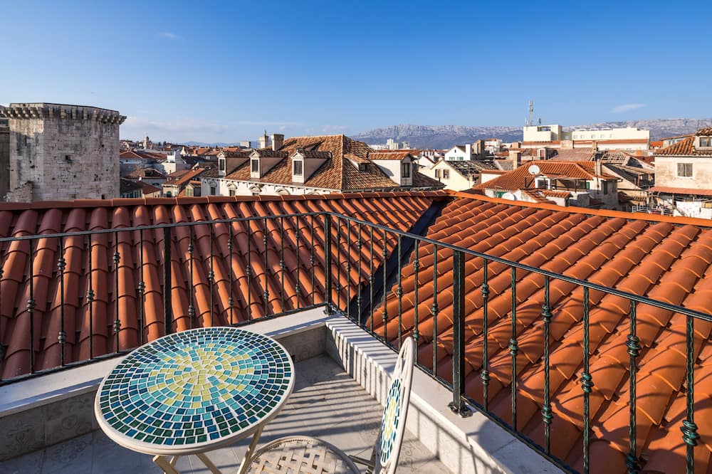 Grand Luxury Suite with Terrace & City View - Linnavaade