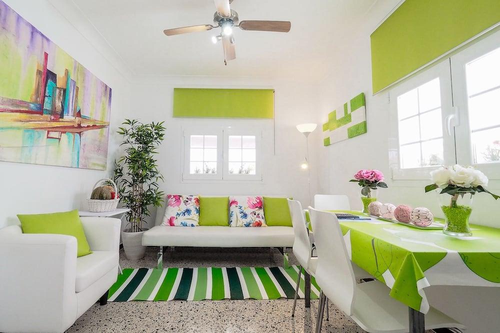 Apartment, 2 Bedrooms, Terrace - Living Room