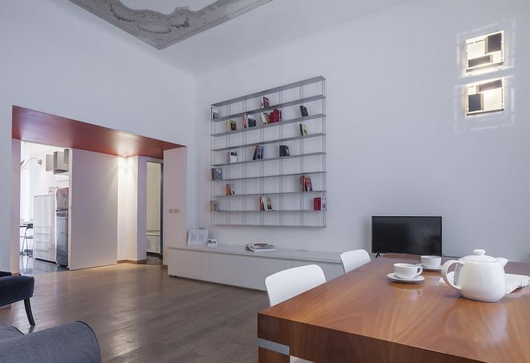 Italianway   - Maroncelli, Milan, Apartment, 2 Bedrooms, Private Bathroom, Living Area