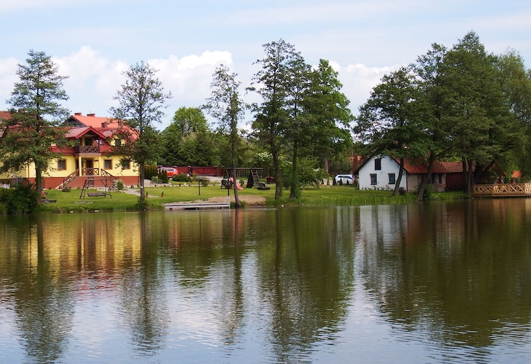 Mazurski Raj - Luksusowa Turystyka, Pozezdrze, Parte delantera del alojamiento