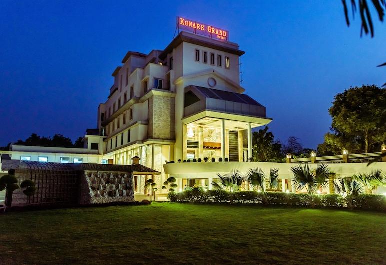 Konark Grand Hotel, Mirzapur