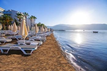 在马尔马里斯 (及邻近地区)的奥拉西亚海滩酒店照片