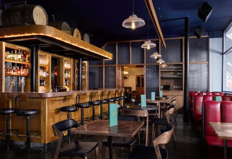 The Distillery, London, Hotel Bar