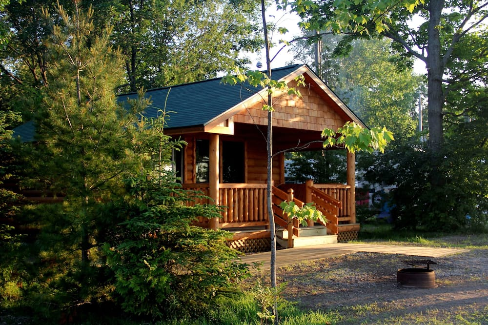 Chatka, viacero postelí, kuchynka, výhľad na jazero - Hosťovská izba
