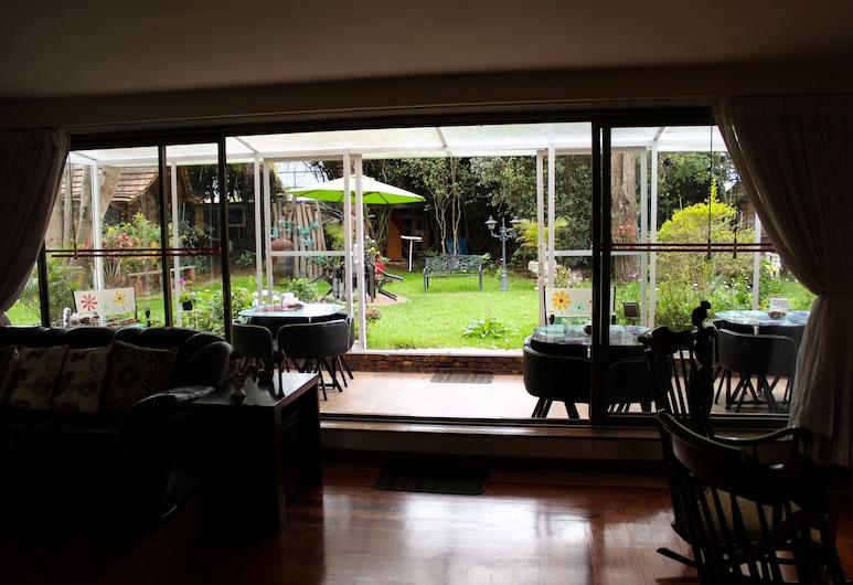 Casa Iris, Chia, Obývačka
