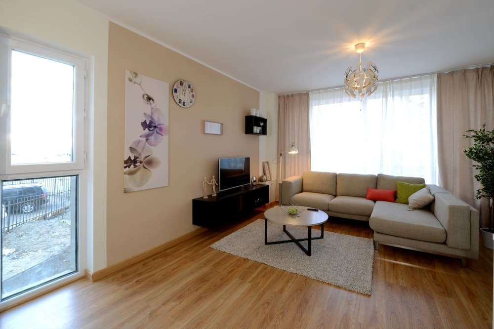 Luxury Apartment, 2 Double Beds - Living Room