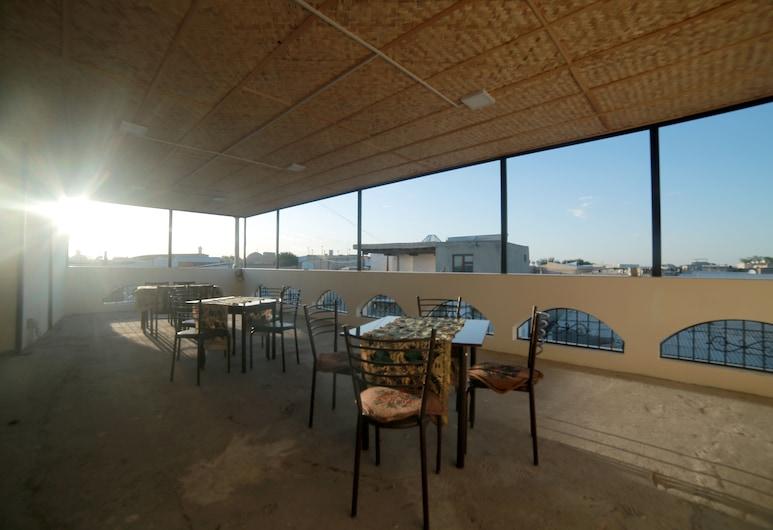 Hotel Hafsi Kabir, Bukhara, Terrasse/Patio