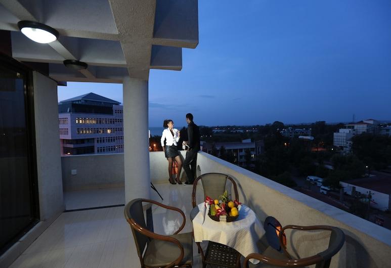 Rahnile Hotel, Bahir Dar, Suite Deluxe, 1 chambre, accessible aux personnes à mobilité réduite, vue lac, Terrasse/Patio