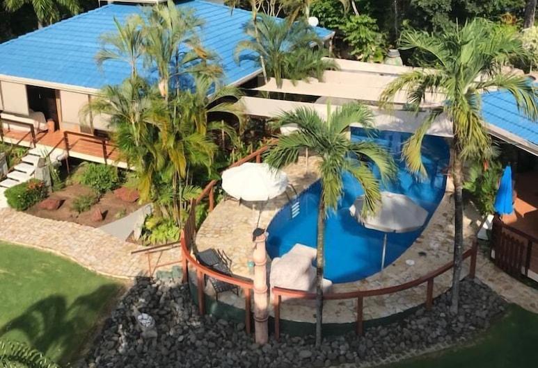 Beach Vacation Home, Private Tango Mar Resort area for 15 guests, Cóbano, Vista aérea