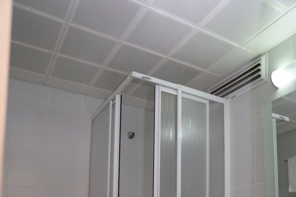Classic Room, Non Smoking - Bilik mandi