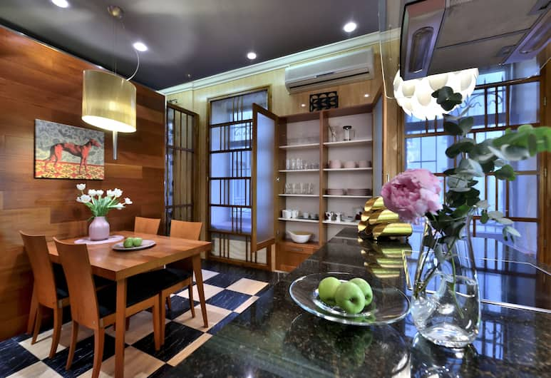 Апартаменты BELLE на Итальянской, Санкт-Петербург, Апартаменты «люкс», 3 спальни, сауна, Собственная кухня