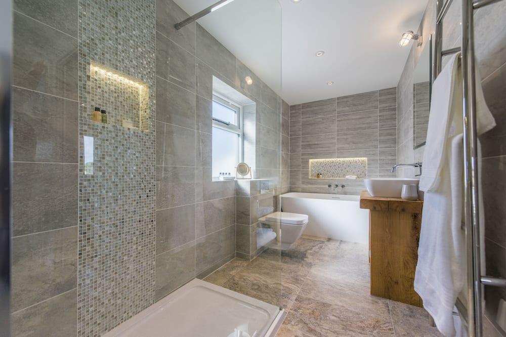 Luxusný dom, vlastná kúpeľňa (Chyreen) - Kúpeľňa