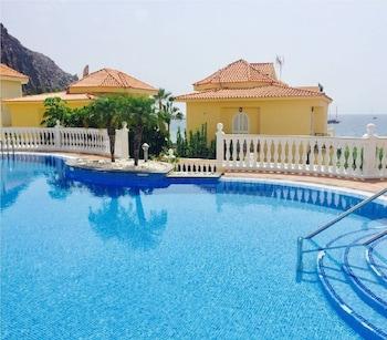 Picture of Villa Marina frente al mar in Arona