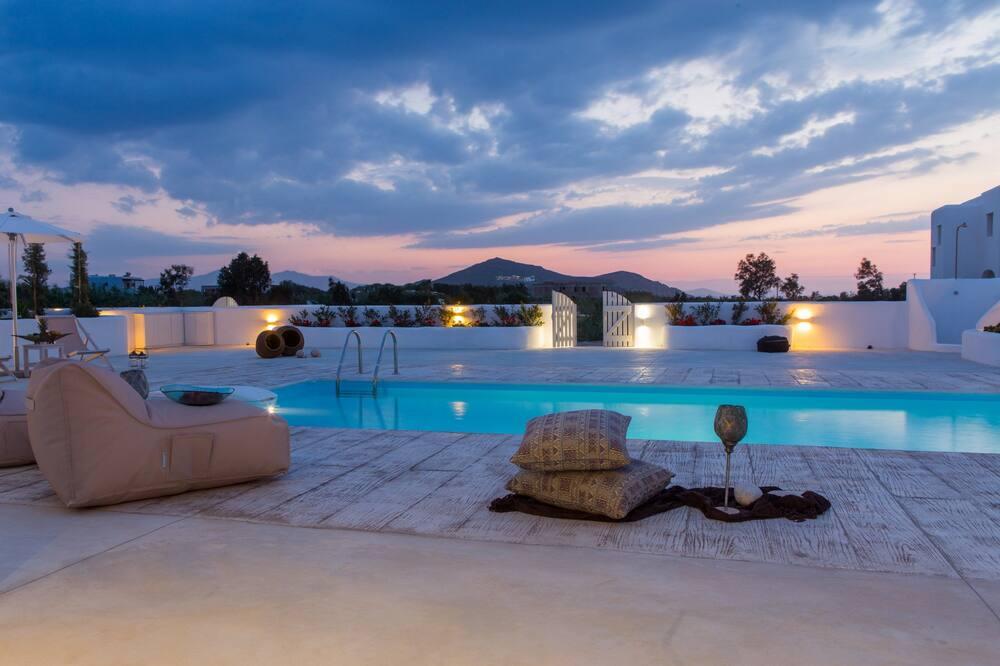 Huvila, Yksityinen uima-allas (Naxian Lounge Villa II) - Terassi/patio