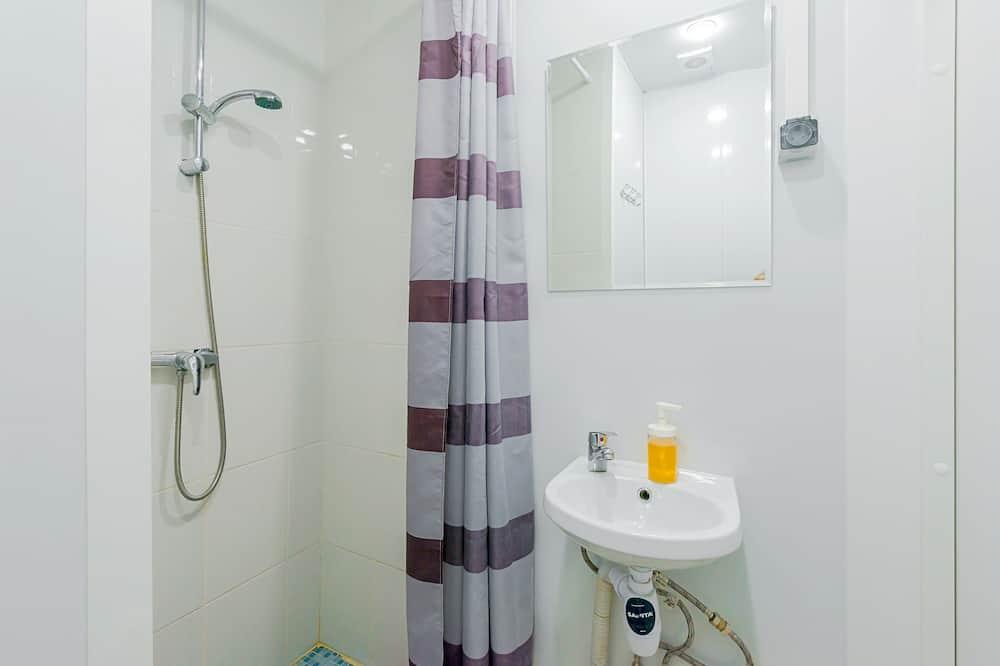 Μεζονέτα, Κοινόχρηστο Μπάνιο - Μπάνιο