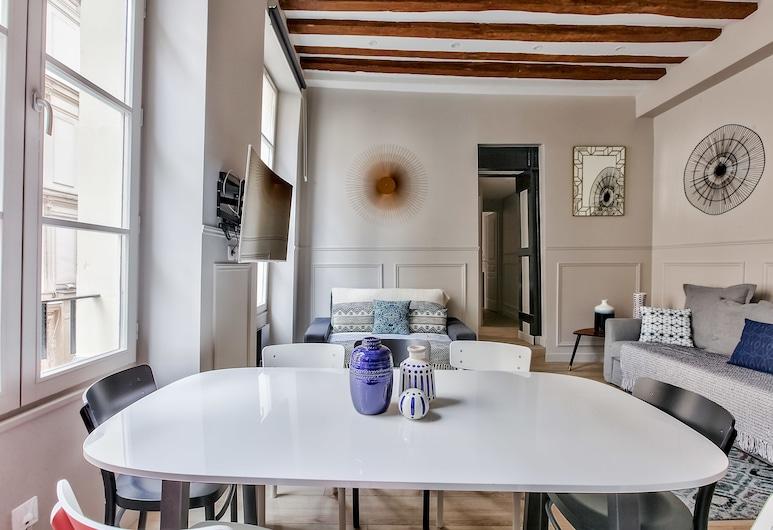 44 - Cosy Flat Montorgueil, Paris, Apartment, 2 Bedrooms, In-Room Dining