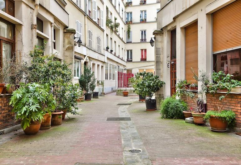 66 - Atelier Paris Fidélité, Paryż, Wejście do obiektu