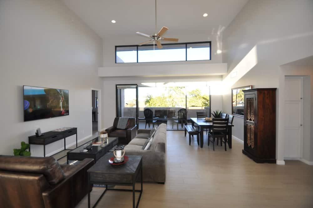 Byt, 3 spálne, nefajčiarska izba - Obývacie priestory