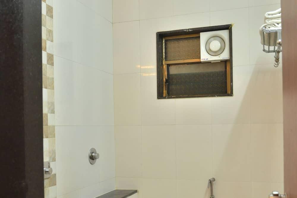 三人房, 2 間臥室 - 浴室
