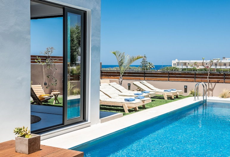 Fos Villa your place under the Cretan Sun with private heated pool, Chania, Outdoor Pool