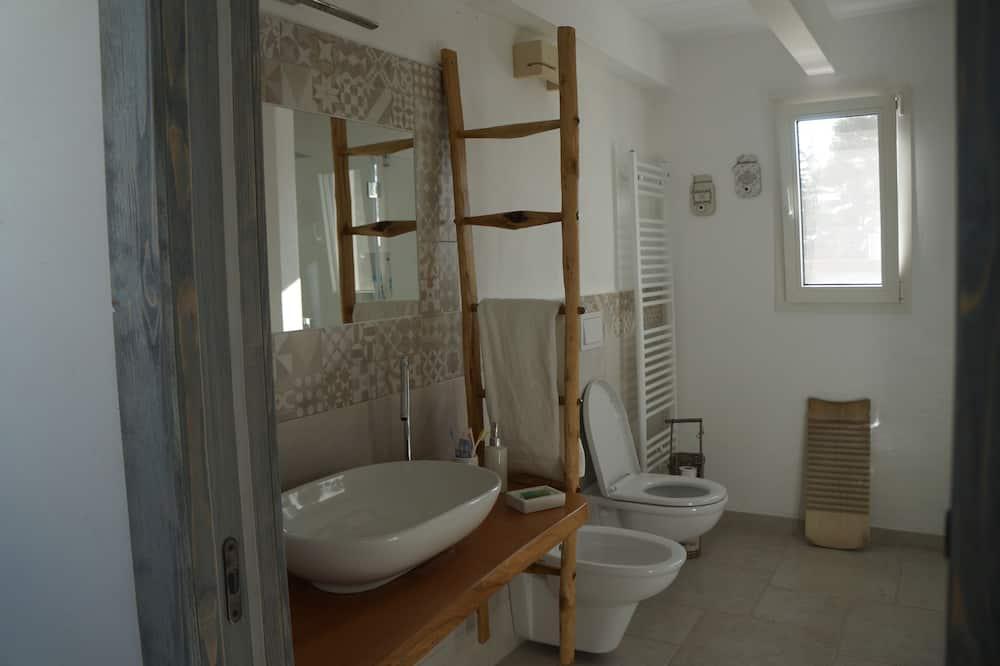 Vila, 3 ložnice - Koupelna
