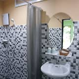 Triple Room - Vonios kambarys