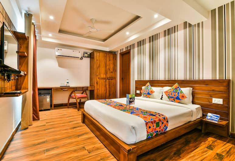 FabHotel Comfort Dome Sector 45, Gurugram, Deluxe Double Room, 1 Double Bed, Non Smoking, Guest Room View