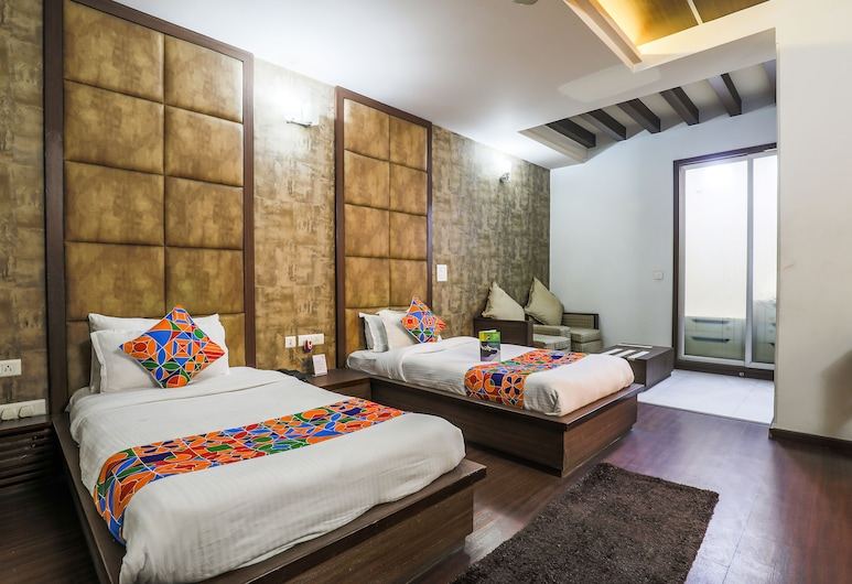 FabHotel The Meadows GCR, Gurugram, Executive Room, Guest Room