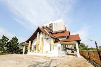 Picture of OYO 289 Luck Swan Boutique in Chiang Rai