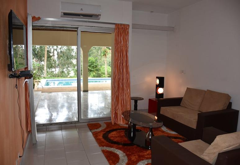 Azur Residence 2 Plateaux Vallon, Abidjan, Superior-suite, Opholdsområde