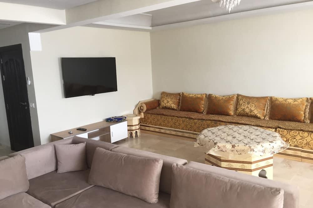 家庭公寓, 3 間臥室 - 客廳