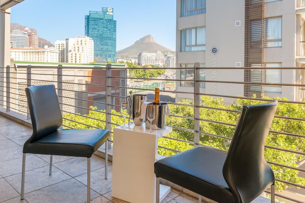 Condominio Premium, 2 habitaciones, balcón, vista al puerto - Balcón