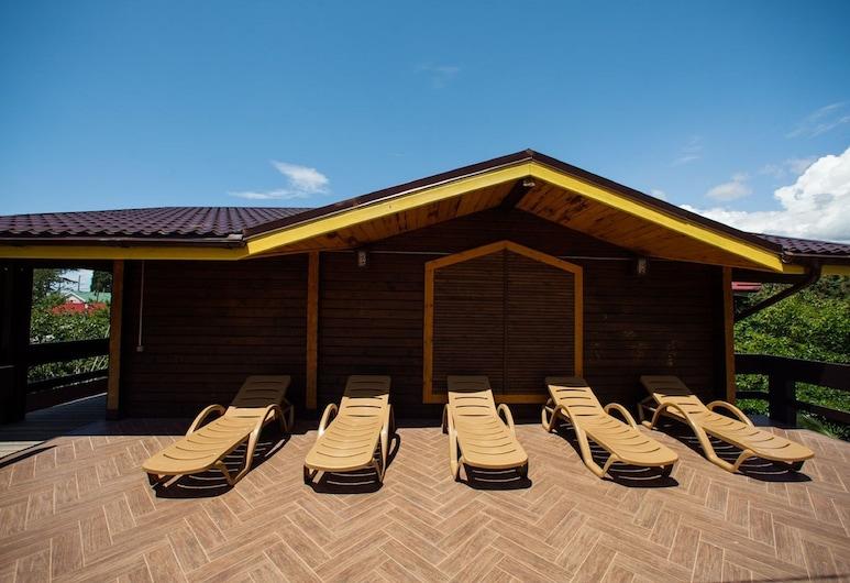 雷瓦兹酒店, 戈洛温卡, 日光浴甲板