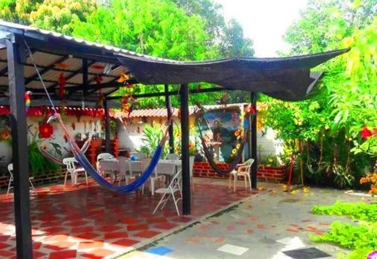 Casa Turística Realismo Mágico, Aracataca, Family Quadruple Room, 1 Bedroom, Terrace/Patio