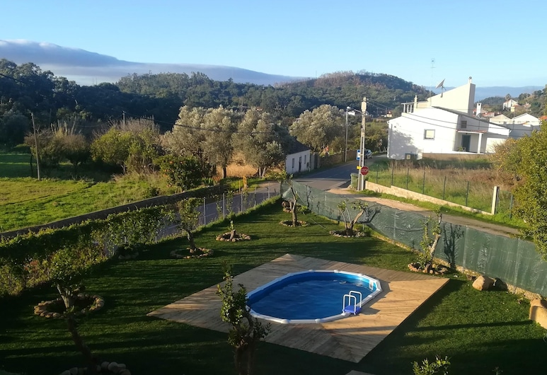 House With 2 Bedrooms in Monchique, With Shared Pool, Furnished Garden and Wifi - 15 km From the Beach, Monchique, Sundlaug