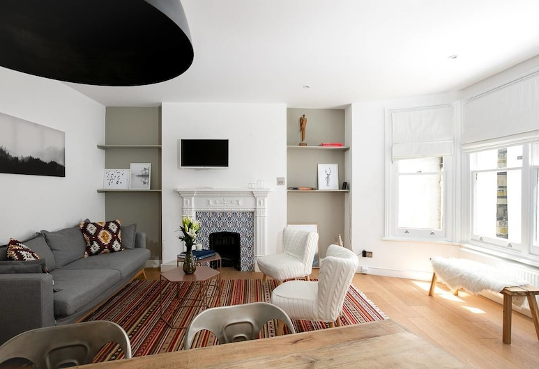 Beautiful 2BR Home in West Kensington, 6 Guests, London, Lõõgastumisala