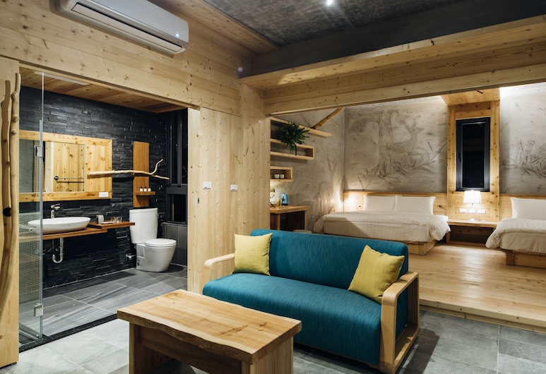 Sun Moon Lake Residence 8, Yuchi, Family Quadruple Room, Guest Room