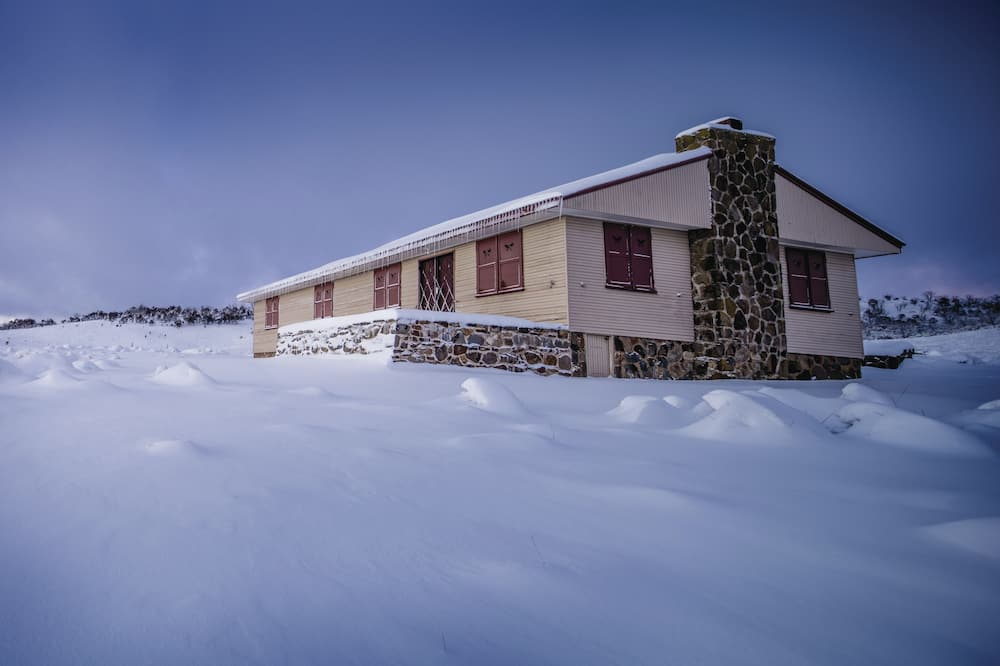 Wolgal Hut