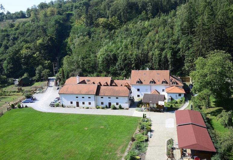 Penzion Kadlcův Mlýn, Brno, Property Grounds