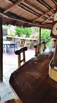 Picture of Bahay Isla Inn - Hostel Puerto Galera  in Puerto Galera