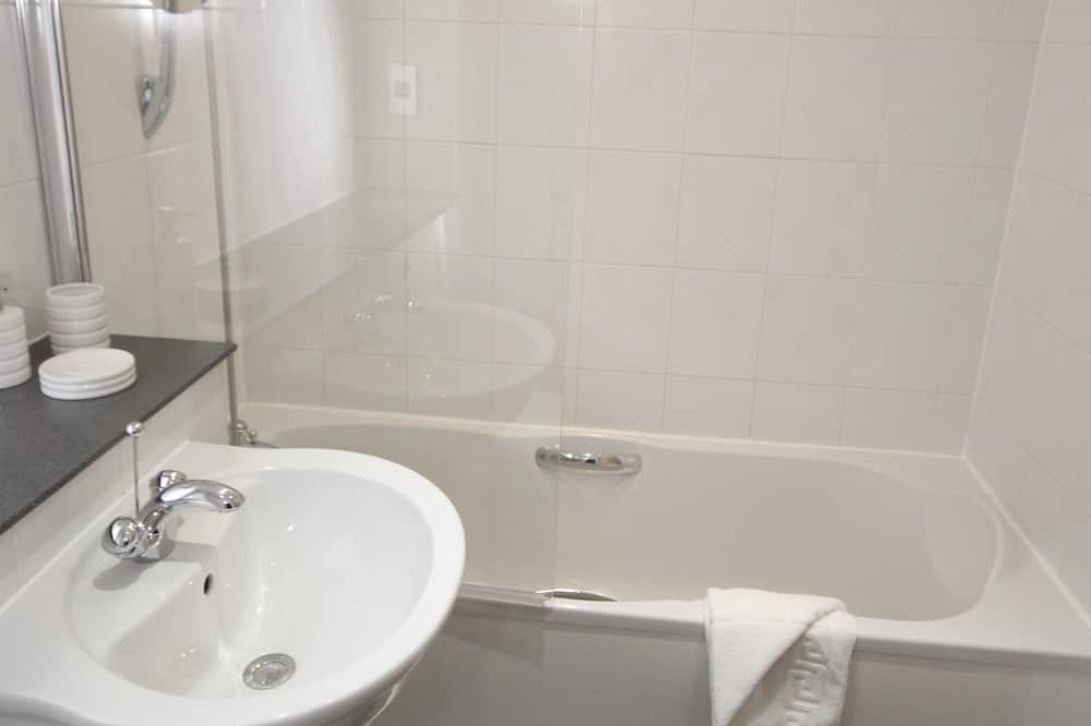 Superior Apartment, Private Bathroom (25 Friars Gate) - Bathroom