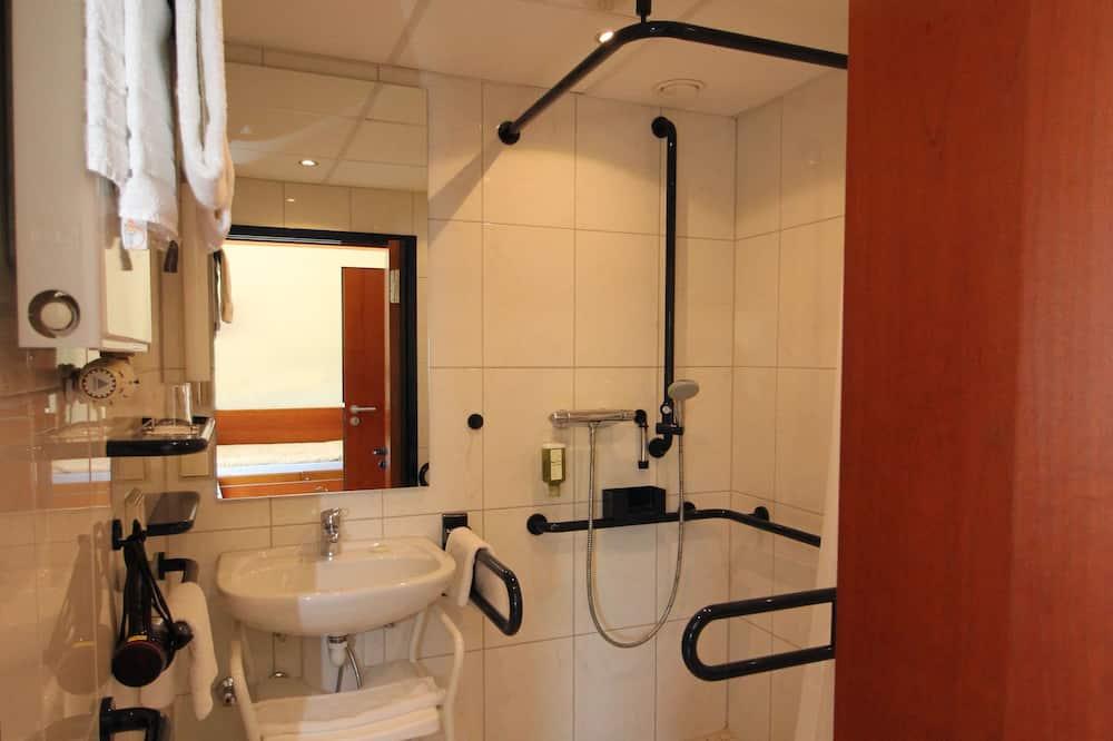 Comfort eenpersoonskamer, 1 eenpersoonsbed, Toegankelijk voor mindervaliden, niet-roken - Badkamer