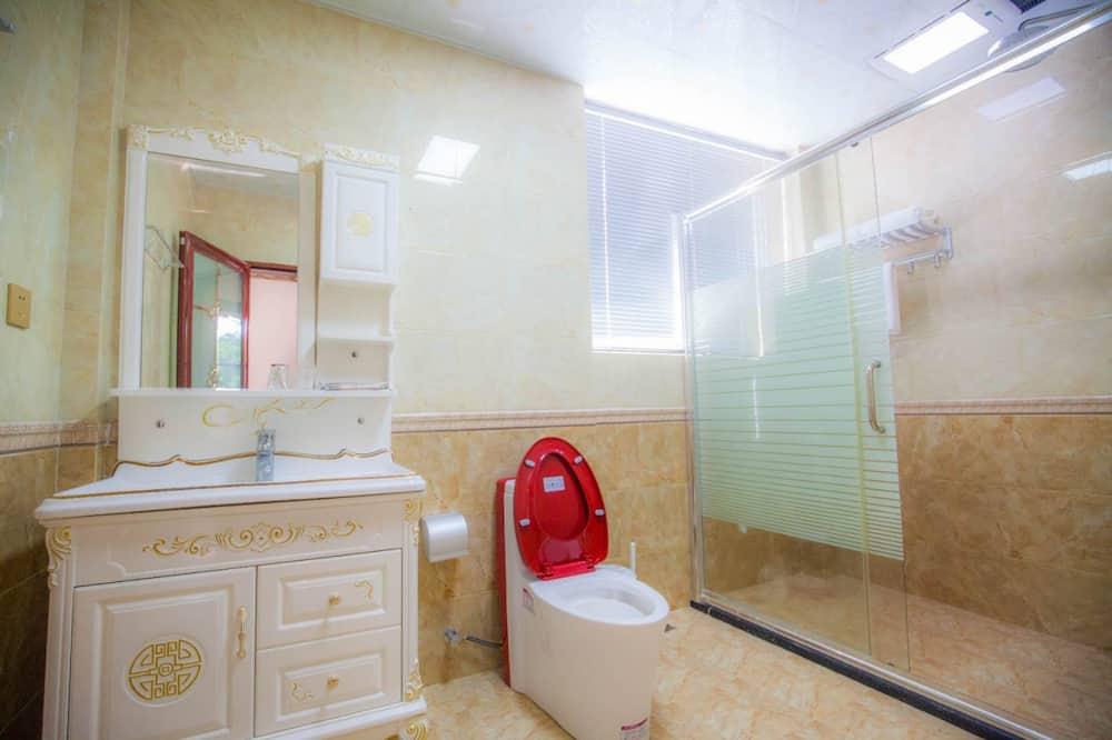 Deluxe Suite, 3 Bedrooms, Sea View - Bathroom
