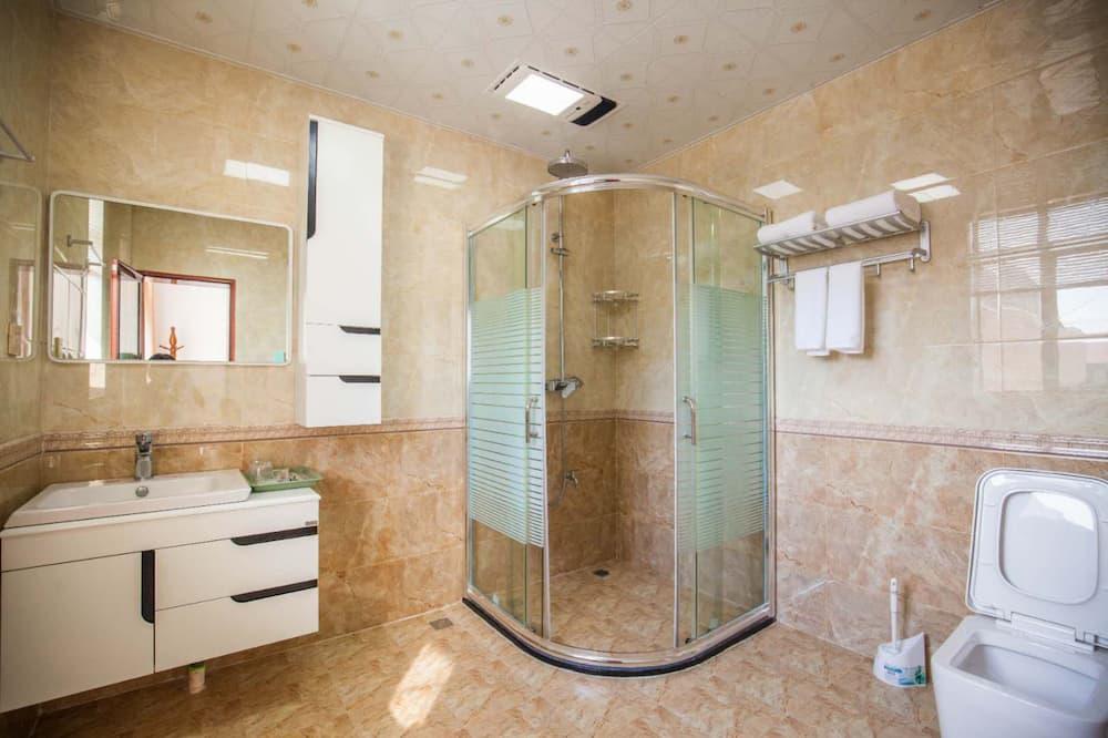 Deluxe Double Room, Sea View - Bathroom Shower