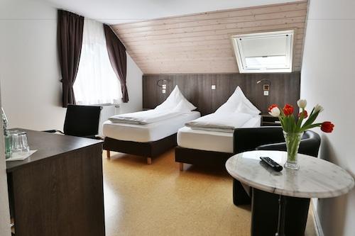 羅瑟爾旅館飯店/