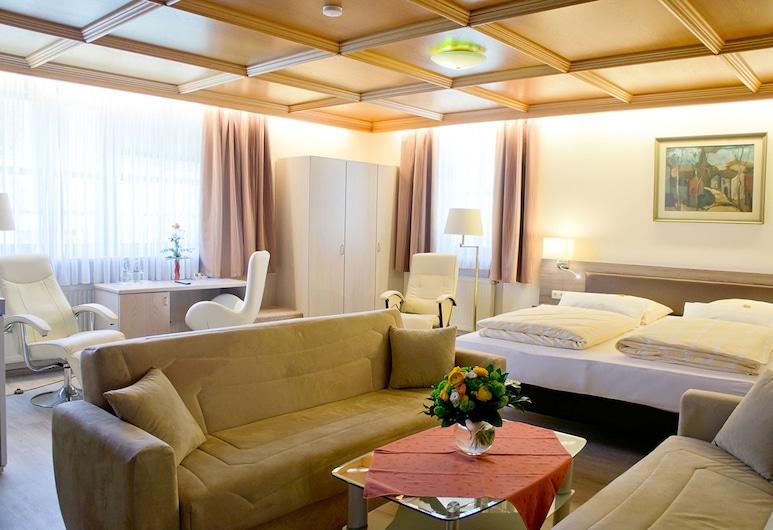 HOTEL-RESTAURANT KASTANIENHOF LAUINGEN, Lauingen (Donau), Apartment, Kitchenette, Guest Room