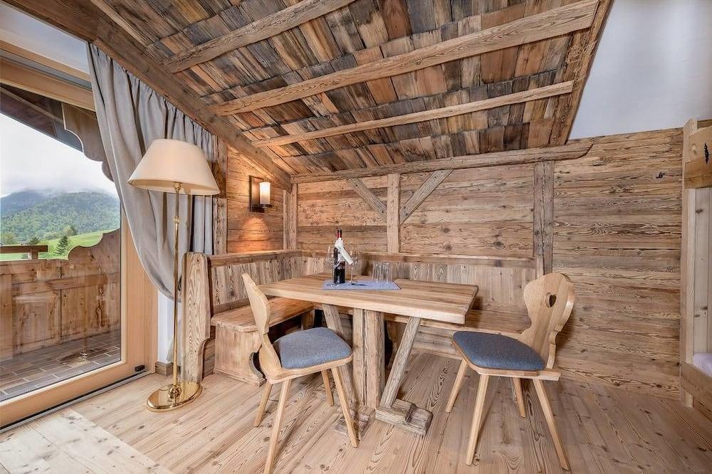 Tweepersoonskamer, Balkon - Woonkamer