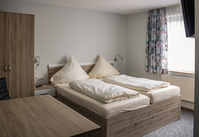 Pension Torkel-Stube, Інгольштадт, Двомісний номер, 1 ліжко «квін-сайз», для некурців, Номер