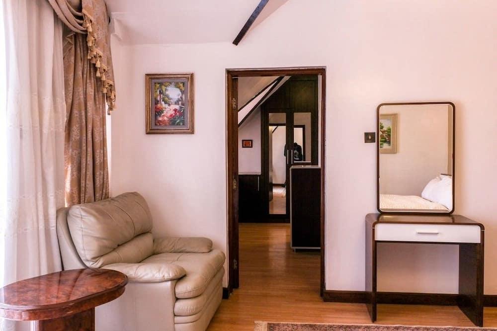 Семейные апартаменты, 5 спален - Зона гостиной