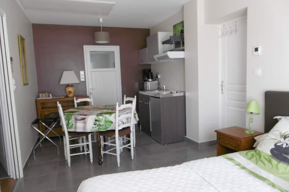 Perhesviitti, 1 makuuhuone, Keittotila, Pohjakerros (Marronnier) - Ruokailu omassa huoneessa